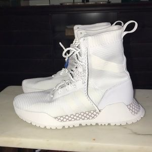 New Adidas AF 1.3 Primeknit Boots White & Gray